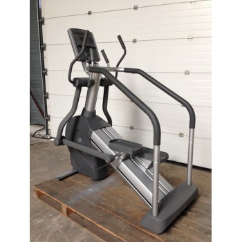 LIFE FITNESS SUMMIT TRAINER 95Li OCCASION/RECONDITIONNE